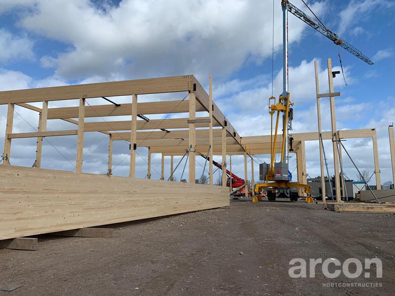 arcon-houtconstructies-realisatie-productiehal-different-doors